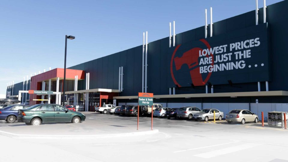 Bunnings Stores